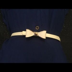Accessories - White Bow thin belt